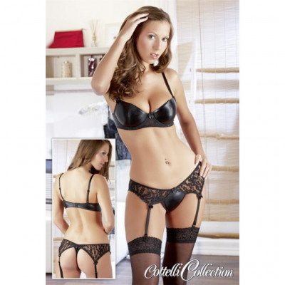 Nancys Erotic Bra and Thong Set