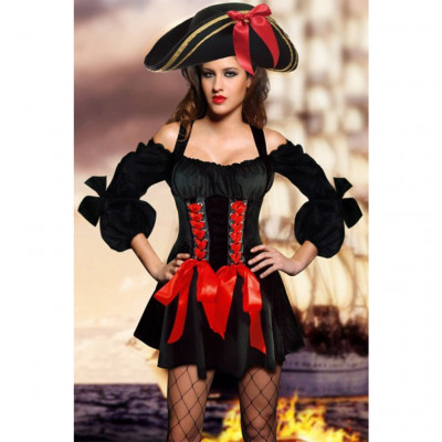 Sexy Pirate Lady