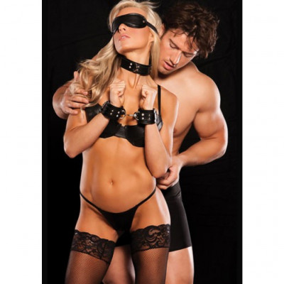Allure Xplay Luscious Black 4 piece BDSM set