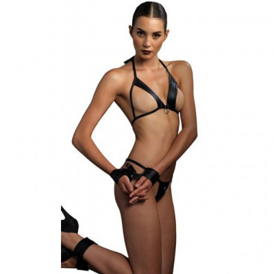 Kink Strappy 4 Pieces Bra set
