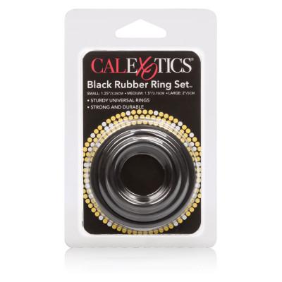 Σετ με τρία ελαστικά μαύρα δαχτυλιδια για σκληρότερη στύση Calexotics