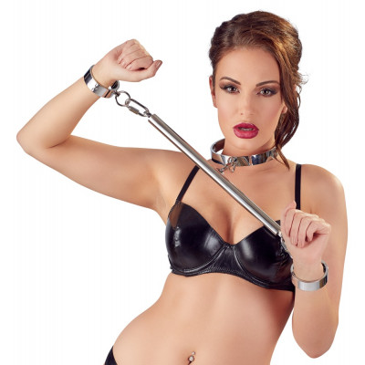 Bad Kitty Restraint Set with Pillory